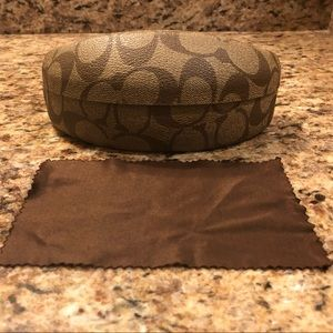 Womens Coach Sunglasses CASE with cleaning cloth